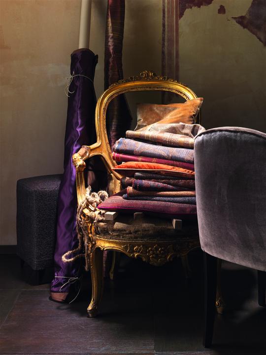 neuer glanz f r alte sessel polsterm bel im toni herner. Black Bedroom Furniture Sets. Home Design Ideas